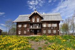 Šeltozero, dům z 19. století v obci částeně  obývané etnikem Vepsů